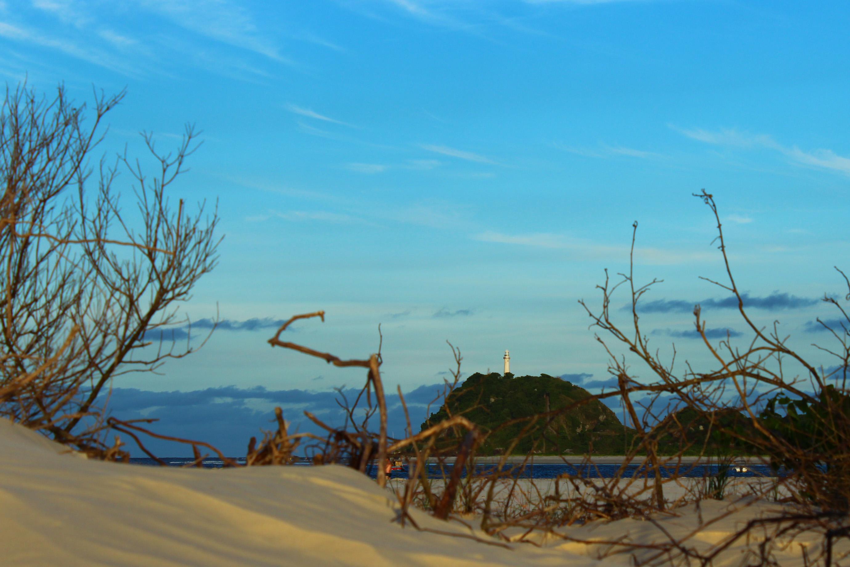 Praia para curtir com a criançada, maracolate e Pousadinha: o nosso 1º dia na Ilha do Mel.