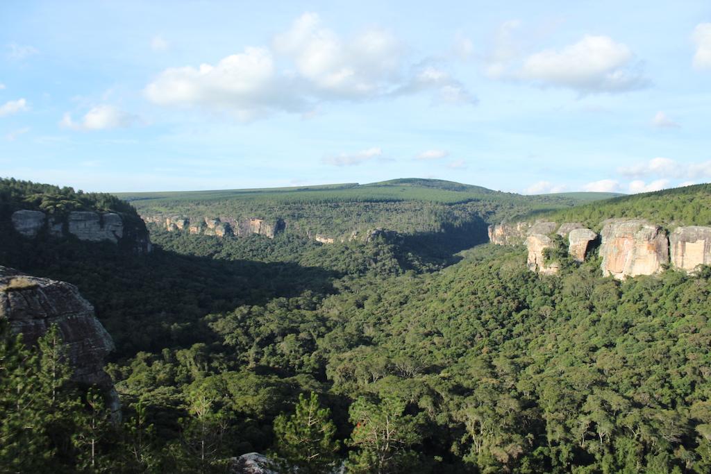 Conheça os atrativos turísticos de Sengés (PR) e Itararé (SP).