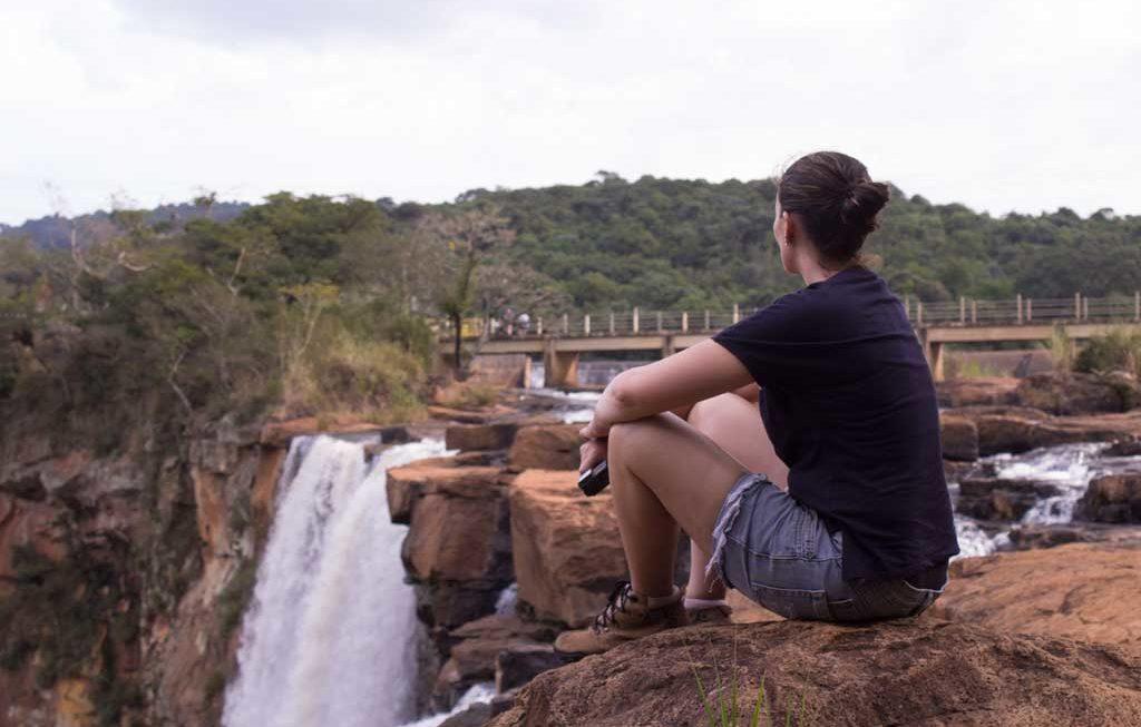 Uma cachoeira gigante bem pertinho de Londrina: Salto do Apucaraninha